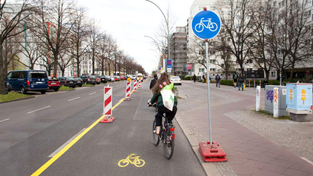 velo piste cyclable provisoire urbanisme tactique
