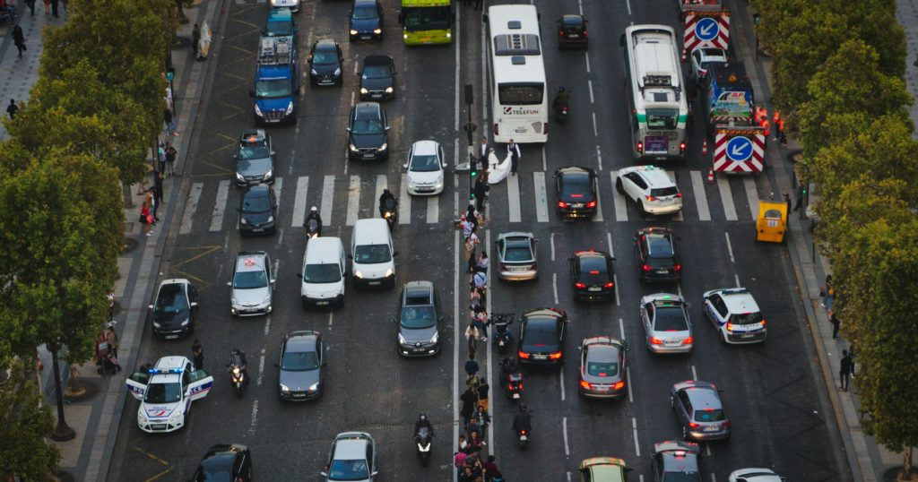 Paris trafic voitures embouteillages
